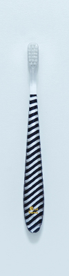 Ms01 - M Stripe-Black